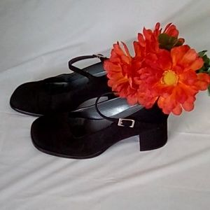 UNLISTED Suede Womens Strap Heels Size 7
